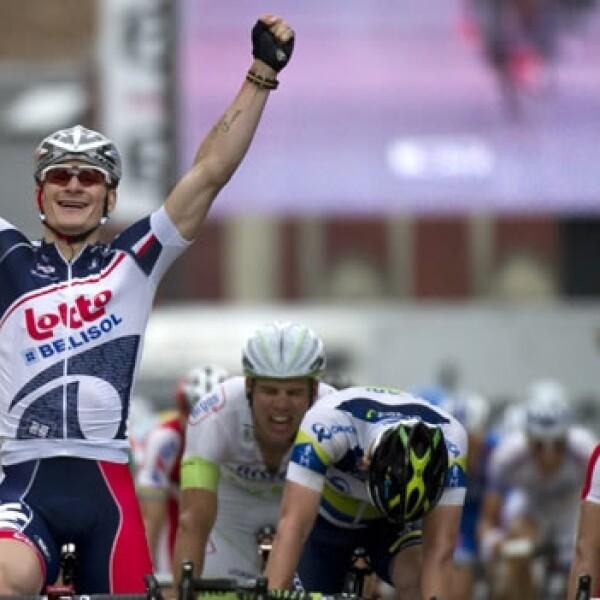 andre greipel celebra triunfo en la quinta etapa