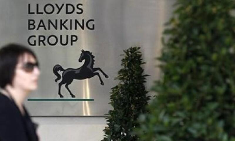 Lloyds Banking Group compensará también a pequeñas firmas que afectadas por sus ventas erróneas de seguros. (Foto: Reuters)