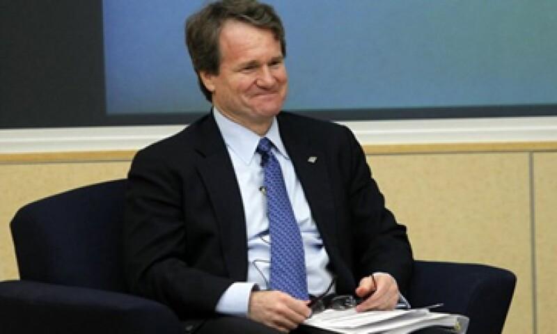 El CEO de BofA, Brian Moynihan, fue compensado por el incremento que registraron  las acciones de la empresa. (Foto: Reuters)