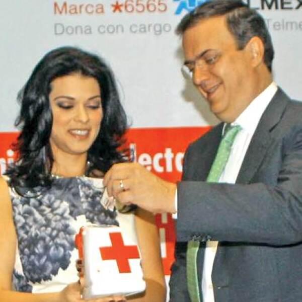 Rosalinda Bueso, Marcelo Ebrard