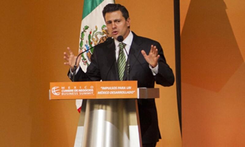 El presidente electo, Enrique Peña Nieto, también propone aumentar la inversión en infraestructura y dar atención al campo mexicano. (Foto: Carlos Aranda/ MONDAphoto)