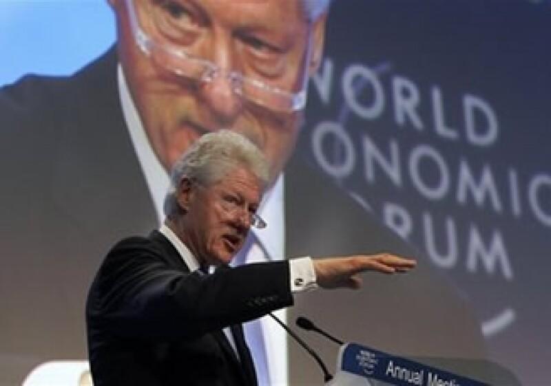 Clinton dijo que el objetivo es ayudar a Haití para que pueda ser sostenible. (Foto: AP)