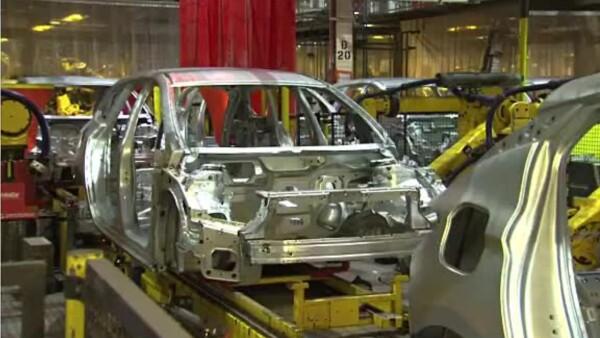 Bloqueo tras bloqueo, las automotrices en México registran pérdidas millonarias