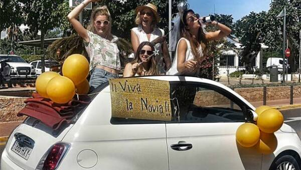 Watch out, Ibiza! Claudia Álvarez y compañía planean divertirse al máximo los próximos días.