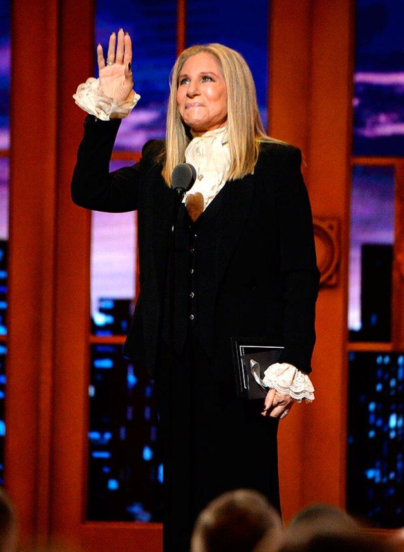 arbra Streisand hizo hincapié en la capacidad del teatro para ofrecer consuelo y refugio al mundo incluso en los momentos más oscuros.