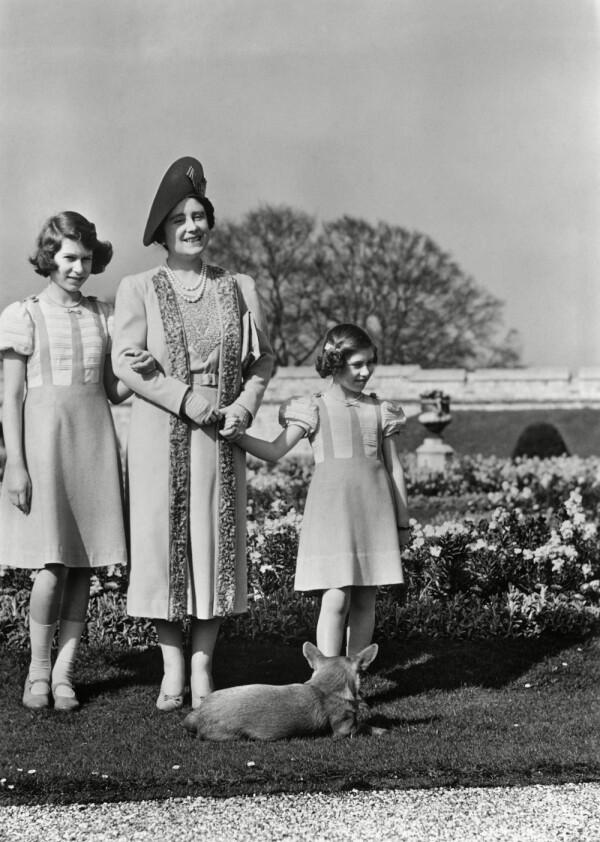 Reina Isabel II, reina Madre y la princesa Margarita