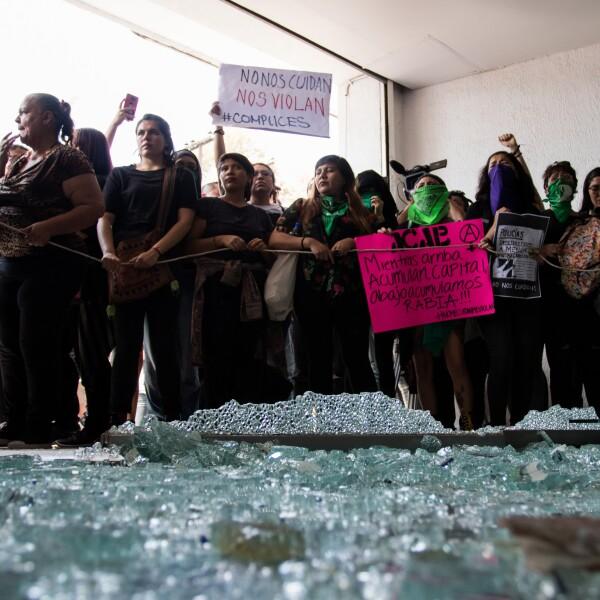 Protesta_Violaciones_Policia