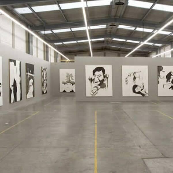 """""""La búsqueda del ombligo"""" fue una serie de 28 dípticos de gran formato realizados entre 2005 y 2007 por el capitalino Daniel Guzmán en torno a la serie """"La Verdad"""" de José Clemente Orozco. También la montó Kurimanzutto."""