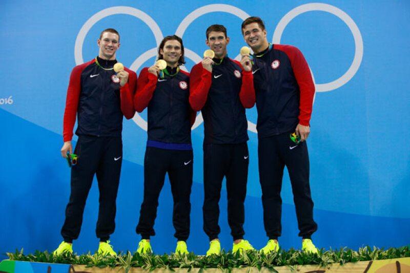 Perfilarse en los tres primeros lugares del pódium no es lo único gratificante para los deportistas.