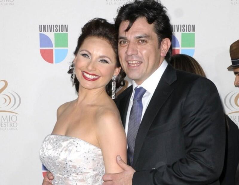 Jorge Salinas no pudo anular su boda religiosa con Fátima Boggio, por lo que sólo se casó con Elizabeth por lo civil.