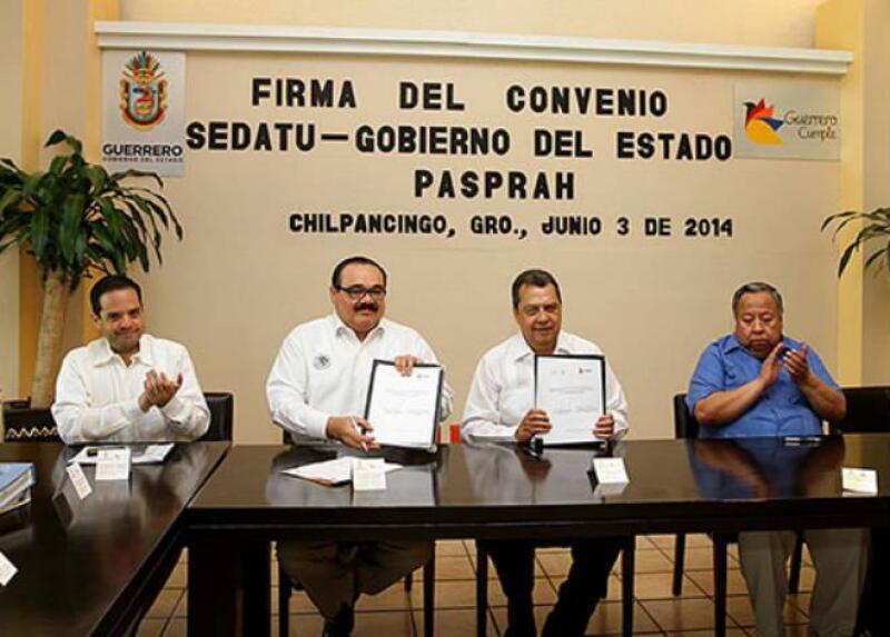 Sedatu firma convenio en Guerrero