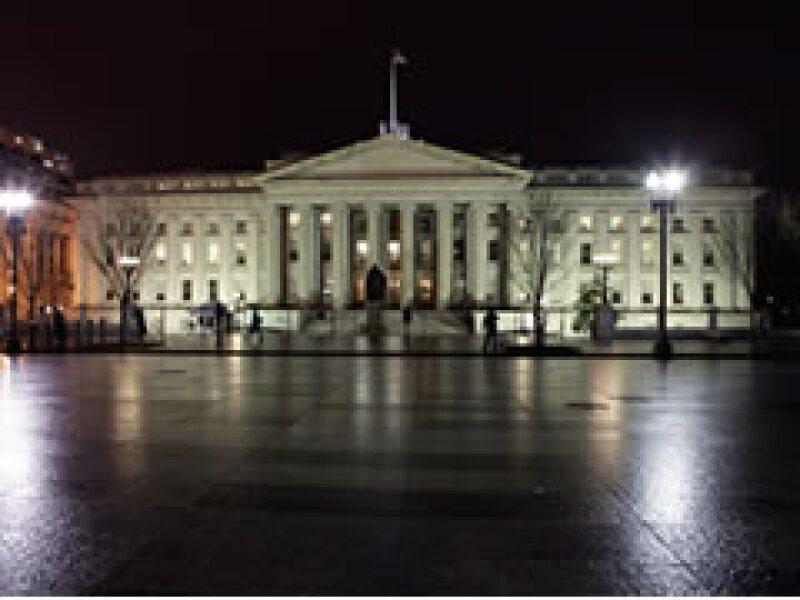 El Tesoro estadounidense ha entregado recursos a 364 bancos bajo el programa de rescate financiero. (Foto: AP)