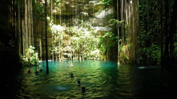 Cenote en Yucat�n