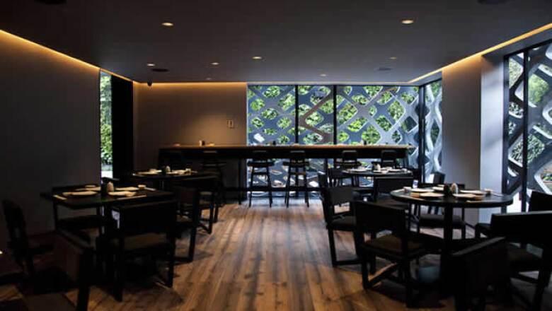Inaugurado en noviembre de 2011, el restaurante Tori Tori ganó el Mejor Diseño de Interiores del Año 2011, en la categoría Hospitalidad: Cocina Gourmet. Este premio es un importante galardón de interiorismo que se otorga en Nueva York.