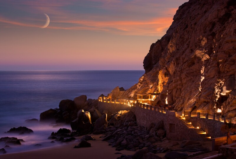 Cenamos junto a las olas en The Resort at Pedregal.