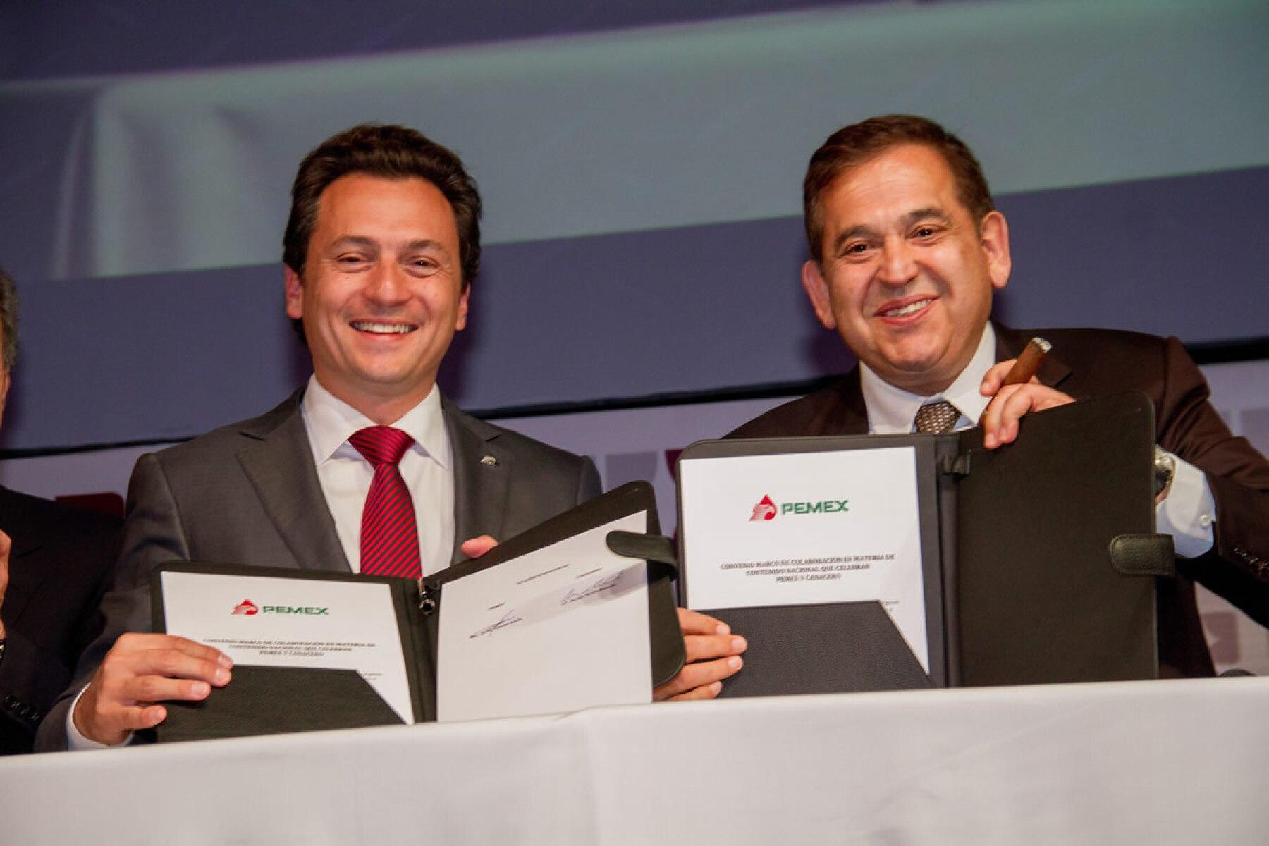 Altos Hornos ratifica a Alonso Ancira para continuar con su venta o fusión
