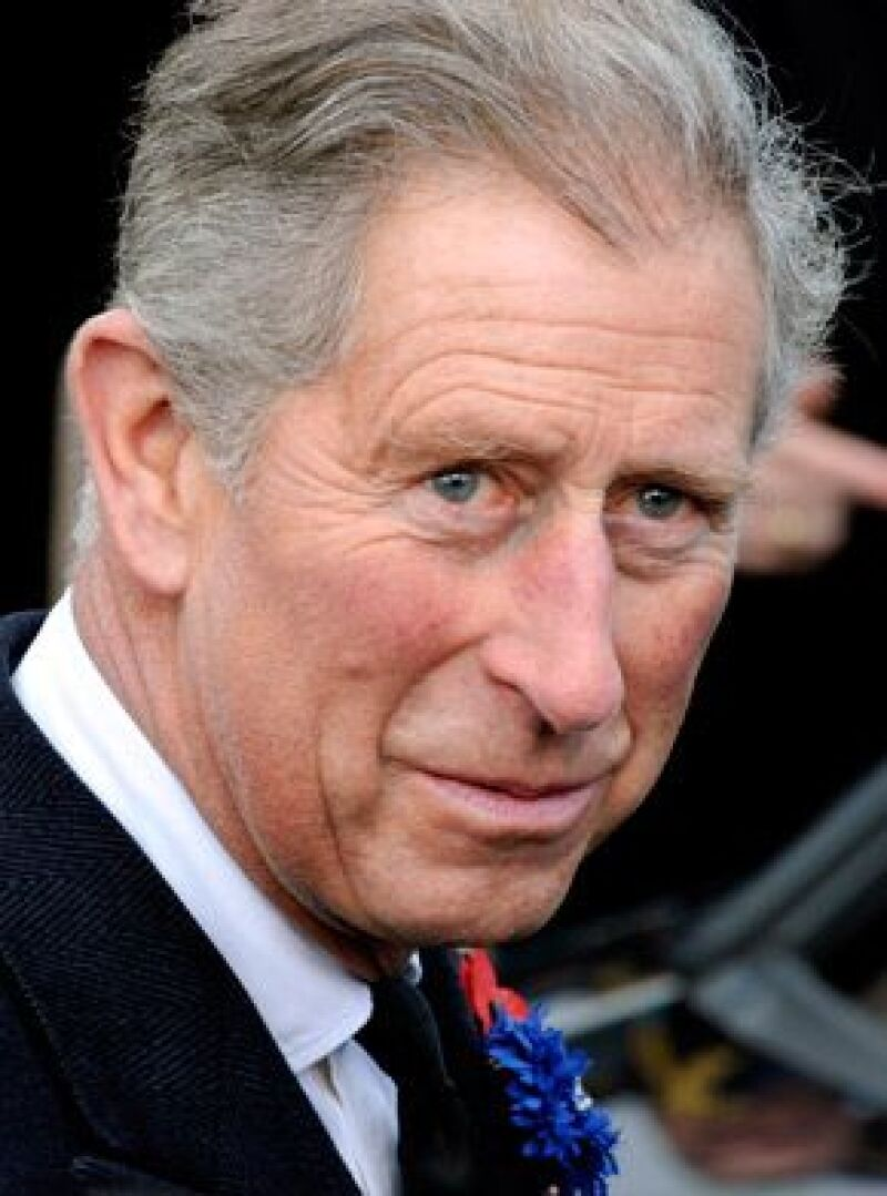 Carlos de Inglaterra festejará mañana sus 60 años con una serie de festejos organizados por su madre, la reina Isabel II, y su esposa Camilla Parker.