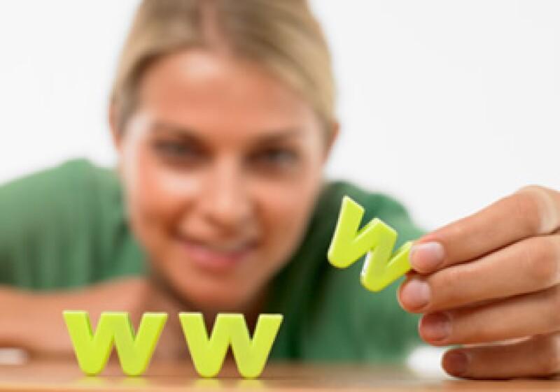 Los blogs permiten a cualquiera hablar bien o mal de tu empresa. Debes cuidar tu imagen en la red. (Foto: Jupiter Images)