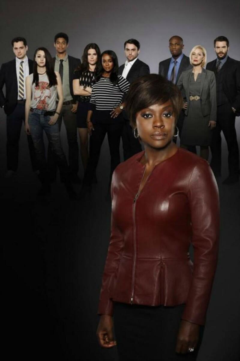 """Viola Davis, Karla Souza y el elenco de """"How to get away with murder""""."""
