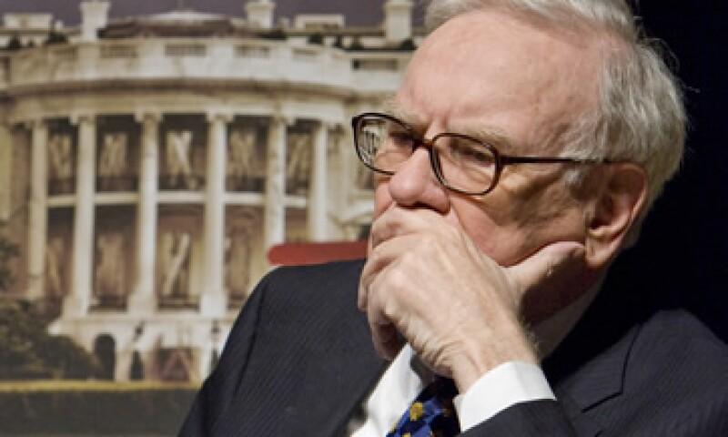 Buffett dijo que ha comunicado a la junta de Berkshire sus recomendaciones para su sucesor, pero los candidatos no han sido dados a conocer al público. (Foto: AP)