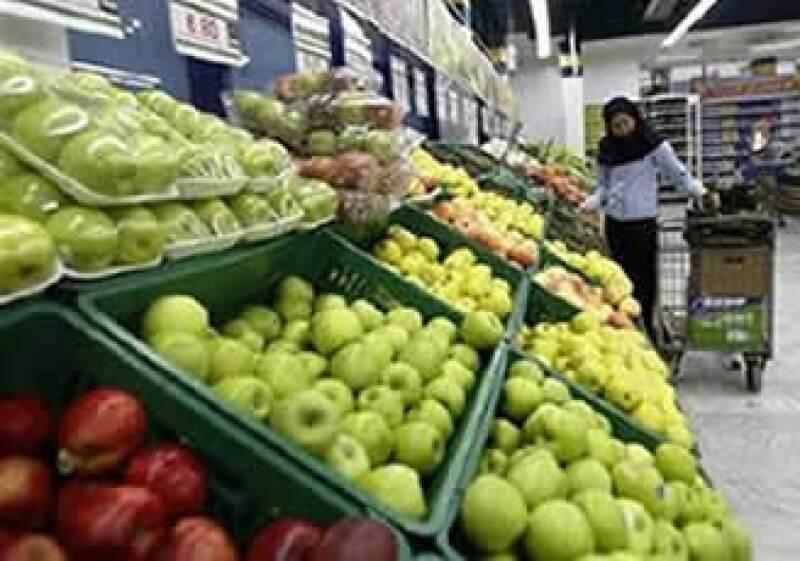 El alza de alimentos en el ámbito internacional afecta los precios de frutas y verduras en México. (Foto: Reuters)