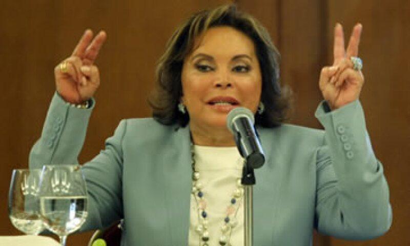 La PGR acusa a la líder sindical de triangular recursos por 2,600 millones de pesos. (Foto: Notimex)