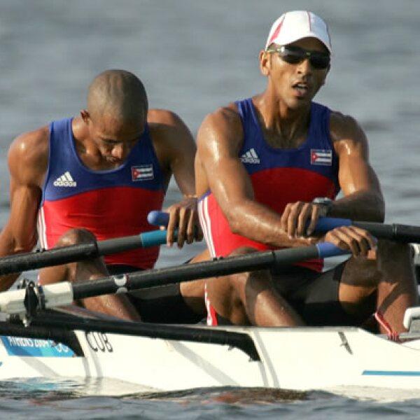 Hasta Atenas 2004, Cuba acumulaba varios triunfos olímpicos: 64 medallas de oro, 52 de plata y 49 de bronce. Un nivel por encima de otros países más desarrollados en su apoyo al deporte.