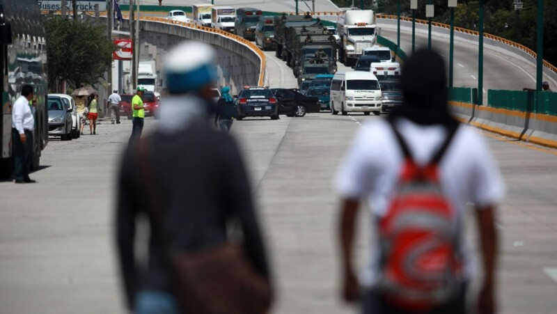 ayotzinapa 43, autopista del sol, bloqueo