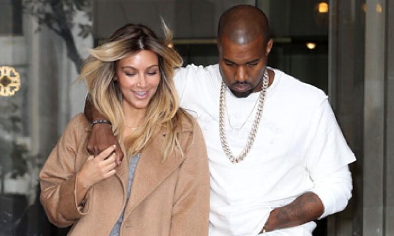 Kim Kardashian mantiene una relación con el rapero Kanye West, con quien tiene una hija. (Foto: Getty Images )