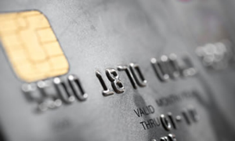 La tasa de morosidad en tarjeta de crédito aumentó a 13.6% a septiembre de 2012.  (Foto: Getty Images)