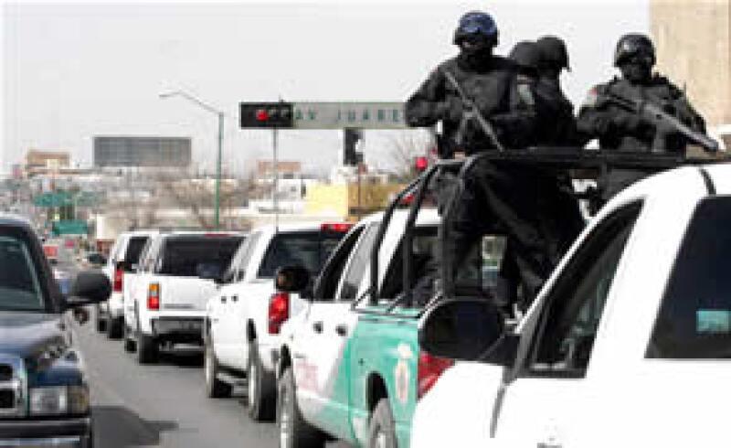 El domingo por la noche, la escolta del gobernador de Chihuahua se enfrentó con sicarios.  (Foto: Notimex)