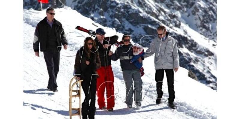 Kate aprovechó su viaje a Suiza para visitar las pistas de esquí en los Alpes suizos.