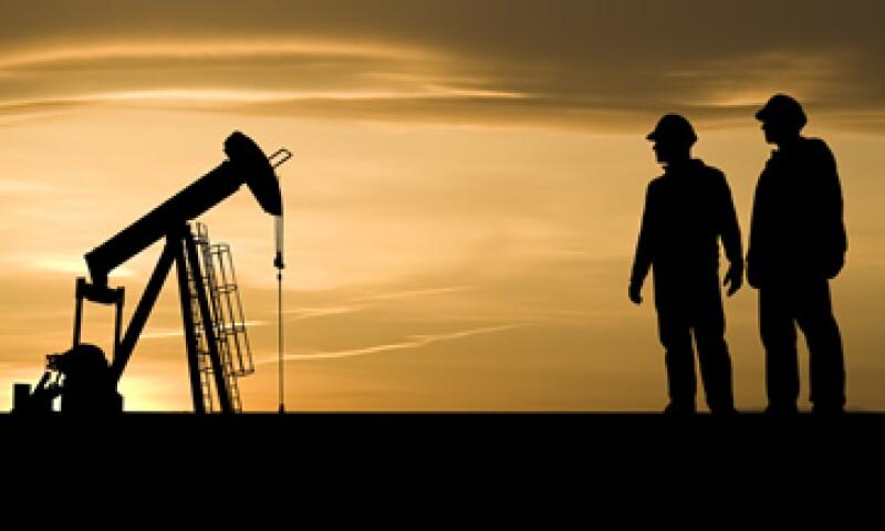 Rosneft entrega 300,000 barriles por día a China. (Foto: Getty Images)
