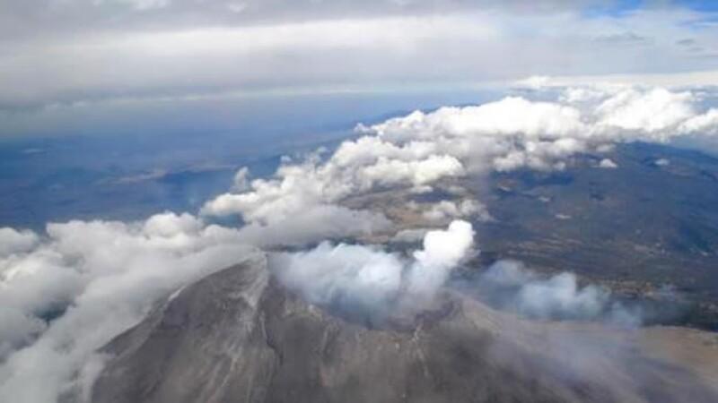 El volcán Popocatépetl tiene un nuevo domo en su cráter, según reportaron las autoridades este miércoles