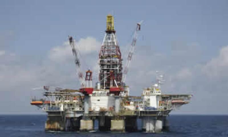 En el mundo se están agotando los yacimientos petrolíferos convencionales de gran tamaño. (Foto: Getty Images)