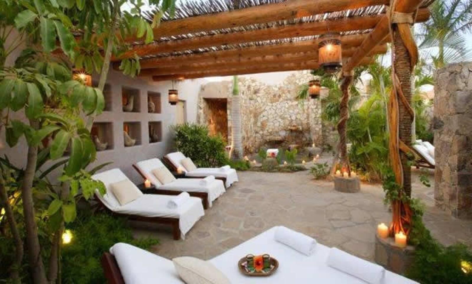 La revista Travel+Leisure designó a Esperanza Resort, como el hotel spa número 1 en México, por tratamientos de calidad e instalaciones en constante mantenimiento.