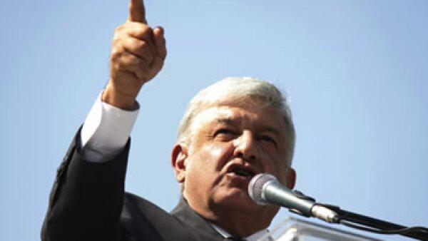 El dirigente de Morena critica en un spot la compra del avión presidencial. (Foto: Getty Images)