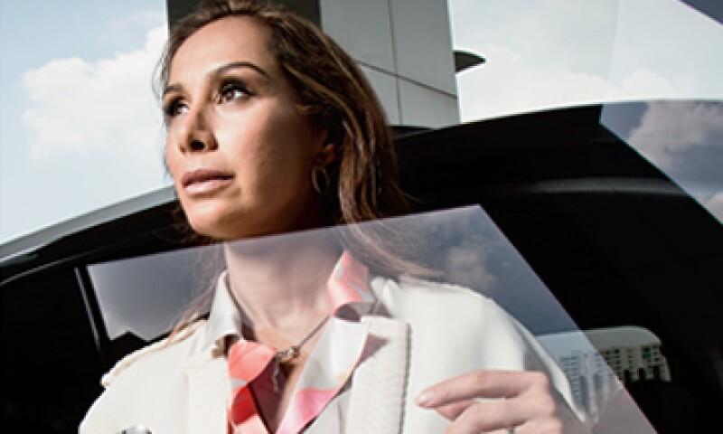 Temas como pareja y familia influyen en la decisión de una mujer estudiar un MBA. (Foto: Carlos Aranda/Mondaphoto)