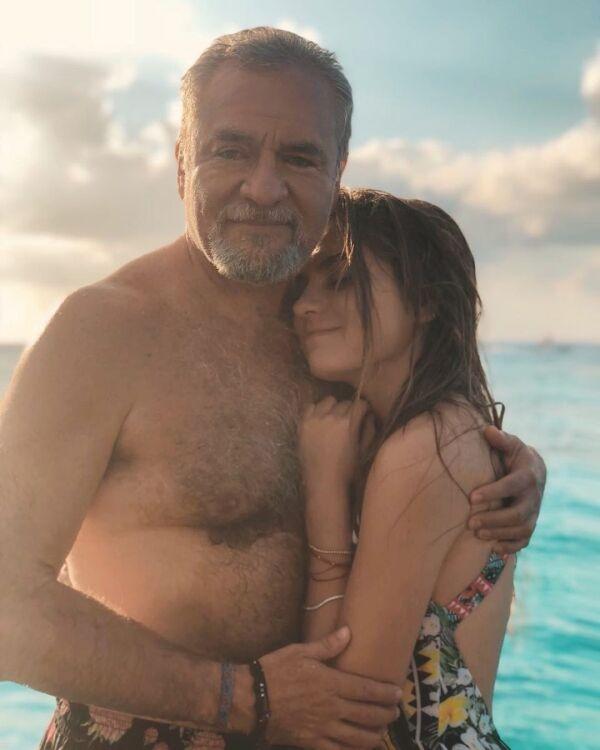 José Alberto 'El Güero' Castro y Sofía
