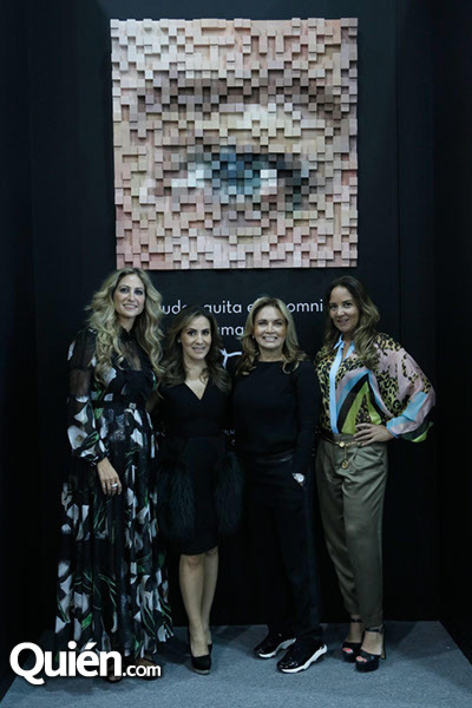 Pixie Devlyn, Silvia Rojo, Rosaura Henkel y Sabina Herrera