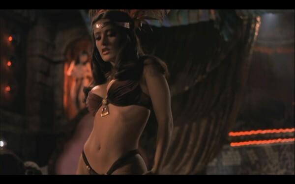 Hasta la fecha, Salma es recordada por su personaje en From Dusk Till Dawn, sin mencionar sus habilidades para el belly dance.