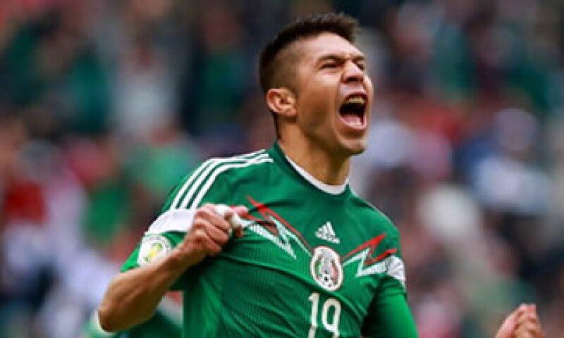 Oribe Peralta, quien podría ser la figura del Tri, tiene un valor de mercado de 4.6 millones de euros. (Foto: Getty Images)