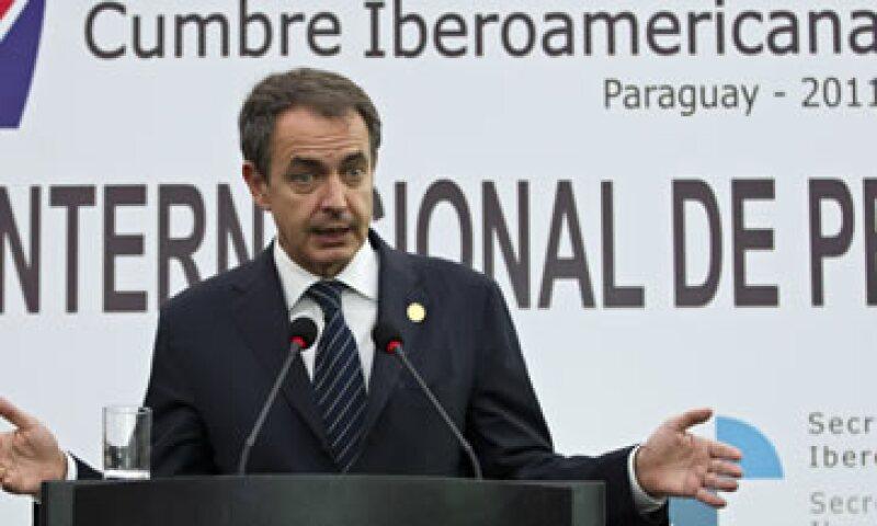 El jefe del Gobierno español, José Luis Rodríguez Zapatero, urgió a los países del G20 menos afectados a adoptar planes de estímulo urgentes. (Foto: AP)