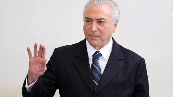 Vieira: Temer saldría de la presidencia si pierde apoyo parlamentario