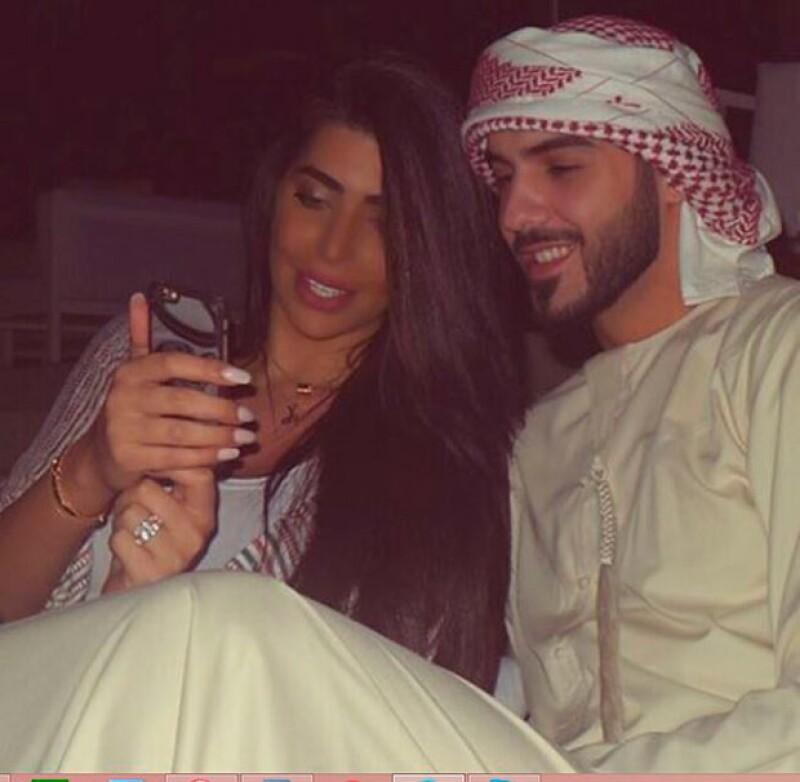 La pareja ha presumido fotografías románticas pocas semanas después de su boda.