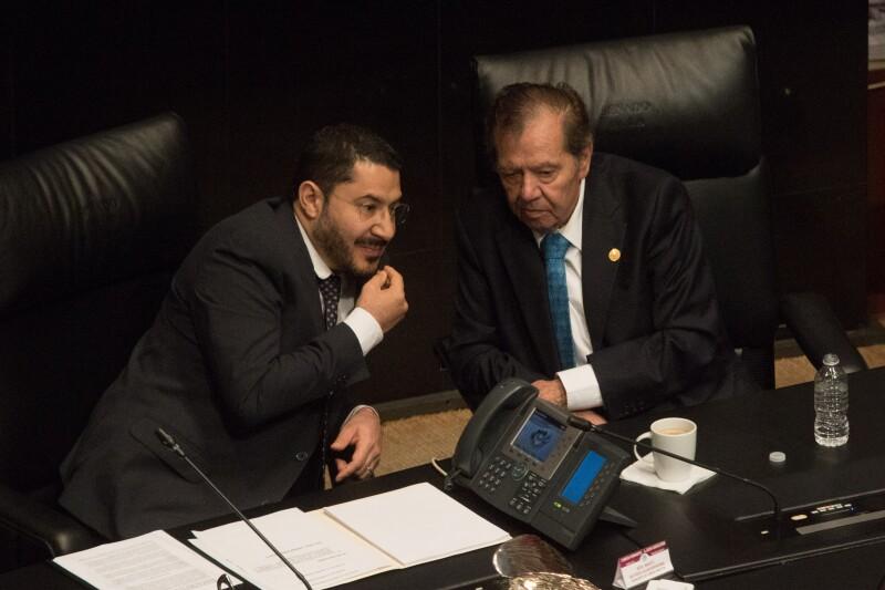 Debate. Los legisladores de Morena también tuvieron desacuerdos.
