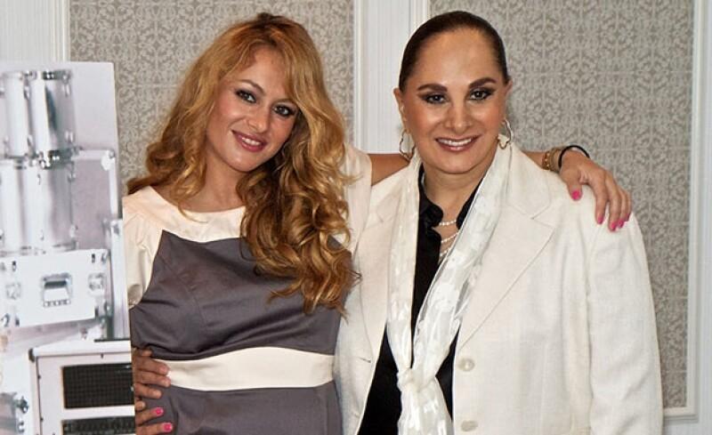 La mamá de la cantante negó que su hija estuviera embarazada de su novio Gerardo Bazúa, como aseguró una revista de circulación nacional.
