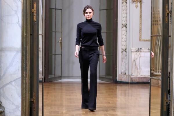 Victoria Beckham - Runway - February 2018 - New York Fashion Week
