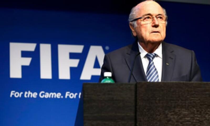 Blatter había sido elegido para un quinto periodo el viernes pasado. (Foto: Reuters )