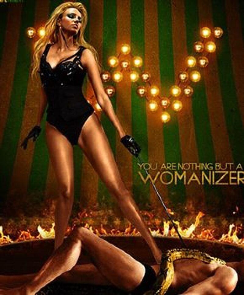 """La cantante mostró su nueva imagen en el disco del single """"Womanizer"""", su nuevo sencillo."""